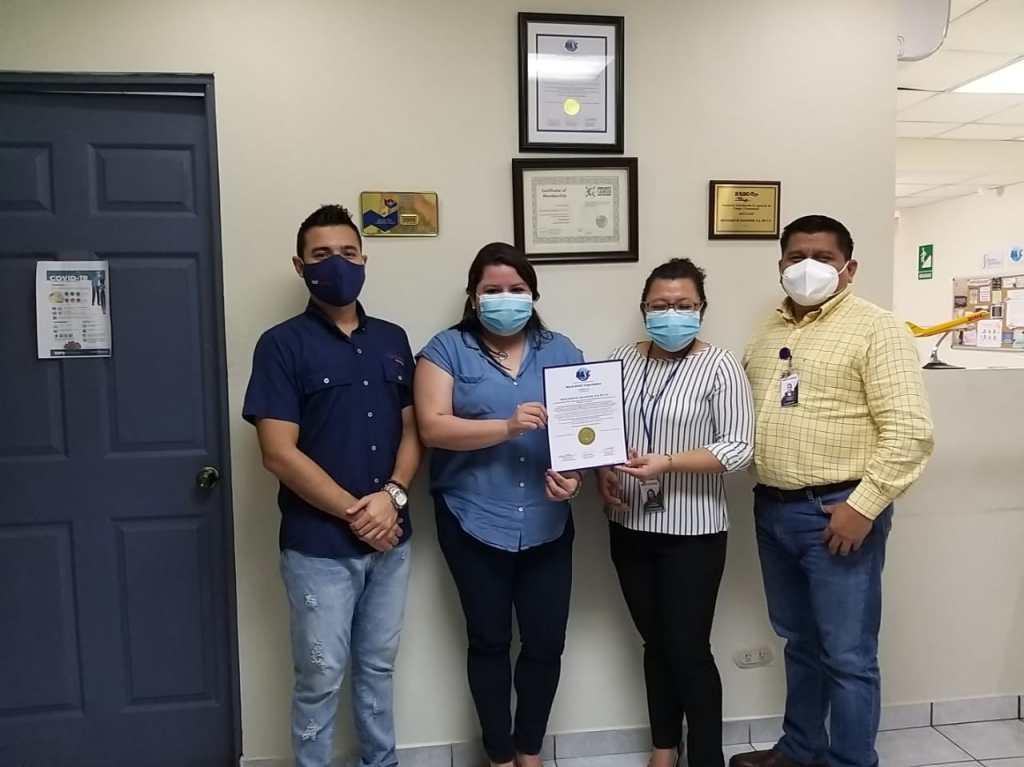 Equipo de Rex Cargo El Salvador recibe Certificación BASC